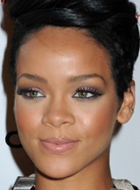 file_10_6358_copy-rihannas-bold-eye-makeup-09