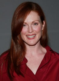 file_15_6355_hot-clothing-hues-redheads-julianne-moore-02