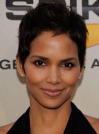 file_18_6344_hot-frames-face-shape-halle-berry-02