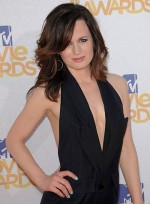 file_3178_elizabeth-reaser-medium-tousled-sophisticated