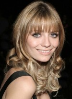 file_3277_mischa-barton-long-bangs-curly
