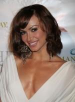 file_3553_karina-smirnoff-bangs-bob-wavy-tousled-brunette