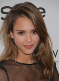 file_3746_jessica-alba-tousled-medium-layered-brunette-highlights-275