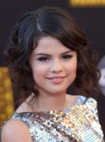 file_3848_selena-gomez-curly-updo-romantic-brunette