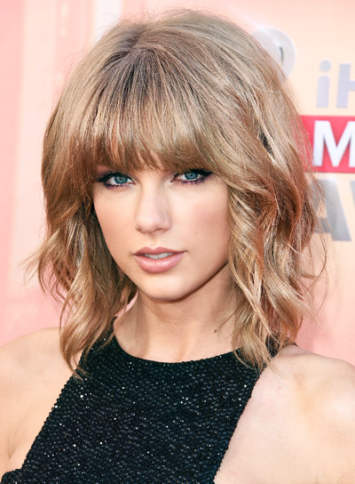 hair styles for an oval face wavy hairstyles riot 3893 | file 3893 Taylor Swift Short Wavy Blonde Bob Hairstyle