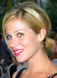 file_3996_christina-applegate-short-ponytail-funky-275