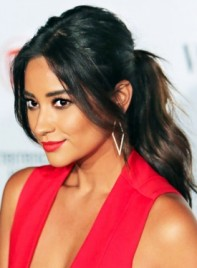 file_4017_Shay-Mitchell-Long-Black-Romantic-Ponytail-Hairstyle-275