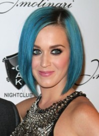 file_4176_katy-perry-short-straight-bob-funky-edgy-275