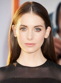 file_4211_Alison-Brie-Long-Straight-Brunette-Chic-Hairstyle-275