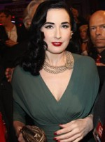 file_42_6374_what-wear-black-hair-dita-von-teese-08