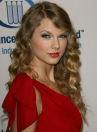file_4384_taylor-swift-long-wavy-blonde-275