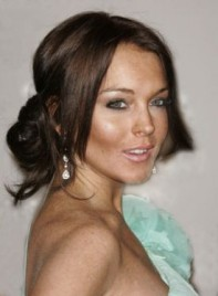file_4557_lindsay-lohan-updo-romantic-brunette-275