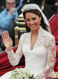 file_5058_kate-middleton-long-romantic-wedding-brunette-275