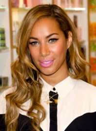 file_5438_leona-lewis-long-chic-wavy-party-hairstyle-275