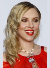 file_5611_scarlett-johansson-long-curly-blonde-275