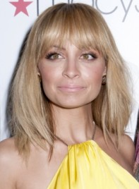 file_5617_nicole-richie-medium-edgy-tousled-bob-hairstyle-bangs-275