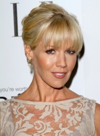 file_5638_jennie-garth-sophisticated-blonde-updo-hairstyle-bangs_01-275