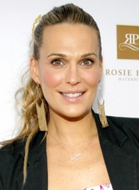file_5656_molly-sims-long-blonde-curly-ponytail-hairstyle-275