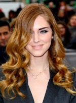 file_5673_chiara-ferragni-long-curly-romantic-chic-hairstyle