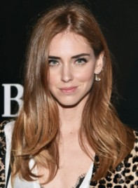 file_5715_Chiara-Ferragni-Long-Layered-Brunette-Chic-Hairstyle-275