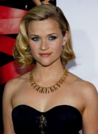 file_5753_reese-witherspoon-bob-curly-blonde-275