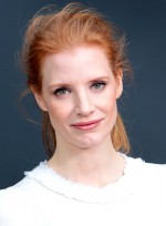 file_5812_jessica-chastain-red-edgy-chic-ponytail-hairstyle