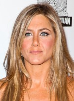 file_5859_jennifer-aniston-long-straight-blonde-tousled-hairstyle_01