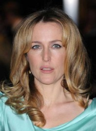 file_58741_gillian-anderson-medium-curly-romantic-blonde-275
