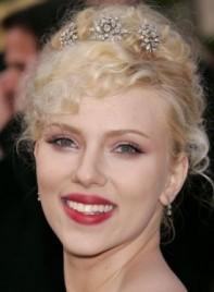 file_6189_scarlett-johansson-curly-updo-blonde-275
