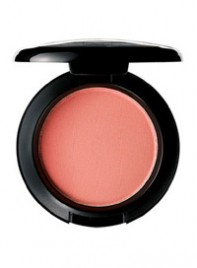 file_7_6368_steal-taylor-momsens-makeup-06