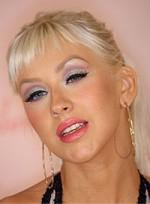 file_28_6541_worst-makeup-trends-christina-aguilera-01