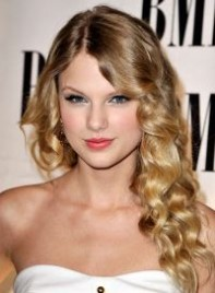 file_21_6571_taylor-swift-medium-curly-romantic-blonde-09-200