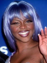 file_59154_lil-kim-bangs-straight-funky-275