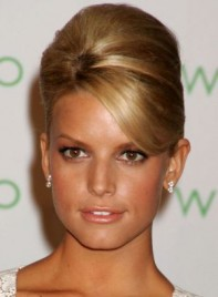 file_12_6761_what-guys-think-your-haircut-jessica-simpson-11