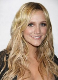 file_35_6761_what-guys-think-your-haircut-ashlee-simpson-15