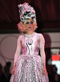 file_18_6971_lady-gaga-extreme-looks-17