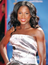 file_12_7201_2010-emmy-trends-rutina-wesley-11