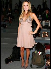 file_13_7331_celebrities-at-fashion-week-kristin-cavallari-12