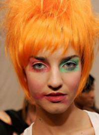 file_17_7321_weirdest-fashion-week-looks-16