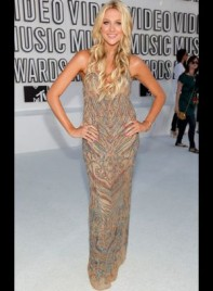 file_18_7281_mtv-vmas-2010-stephanie-pratt-03