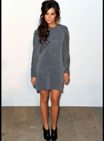 file_43_7331_celebrities-at-fashion-week-ashley-tisdale-10