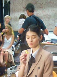 fashion week model eating