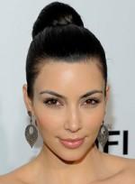 file_54_7441_ditch-frizz-for-good-kim-kardashian-09
