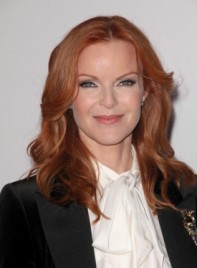 file_59205_marcia-cross-medium-wavy-red-275