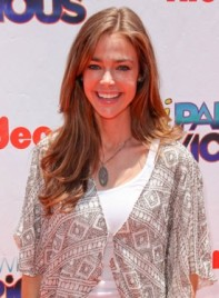 file_59207_denise-richards-long-straight-brunette-275