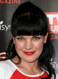 file_24_7731_best-bangs-face-shape-pauley-perrette-10