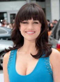 file_59357_carla-gugino-medium-bangs-brunette-275