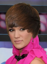 file_8_7681_justin-bieber-hair-carrie-underwood-07