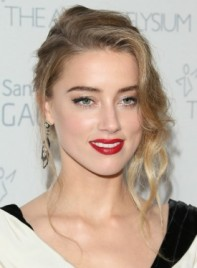 file_59577_Amber-Heard-Curly-Blonde-Romantic-Updo-Hairstyle-Pictures-275