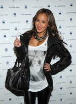 file_62_8041_what-guys-think-fashion-trends-adrienne-bailon-01
